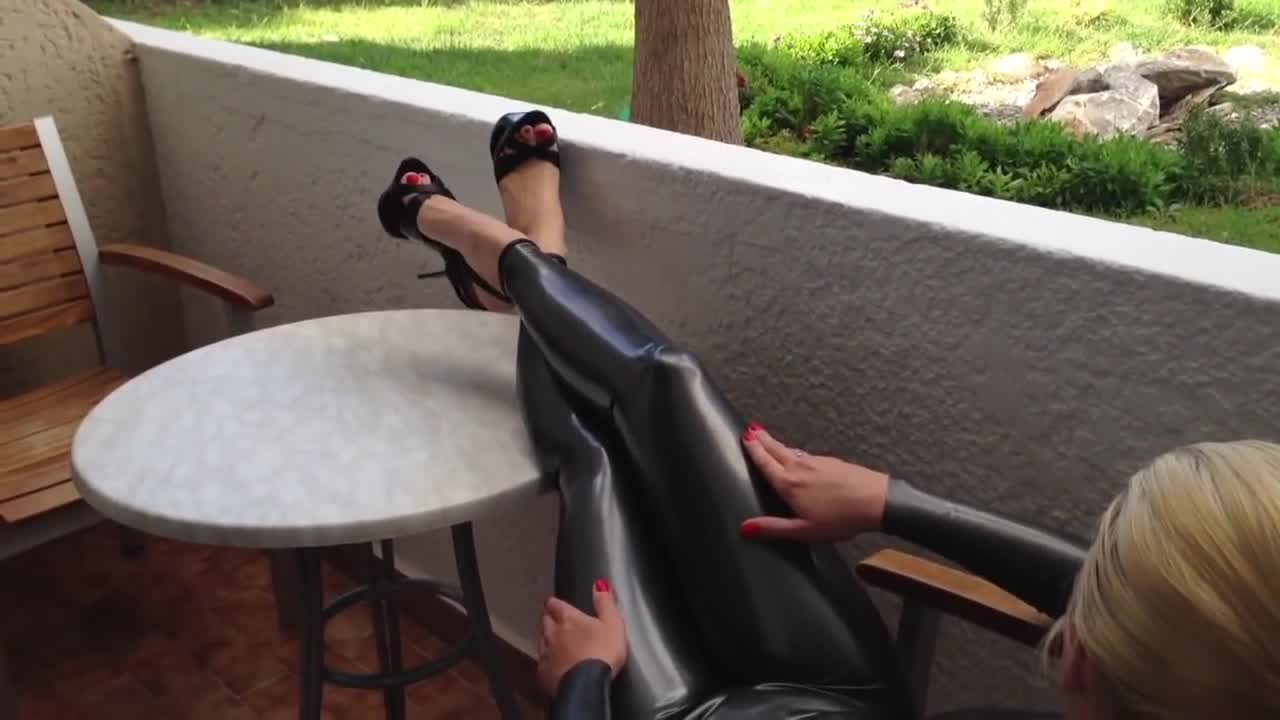 Latex in summer vacation