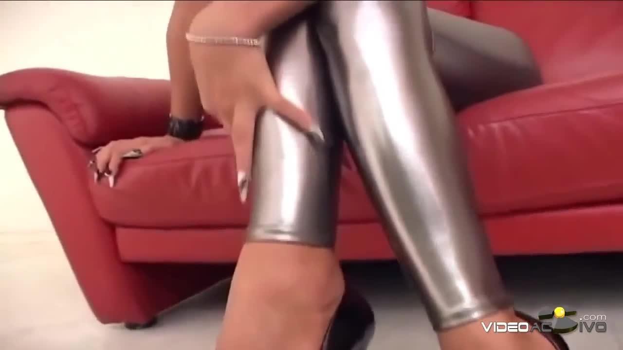tight spandex girls ass