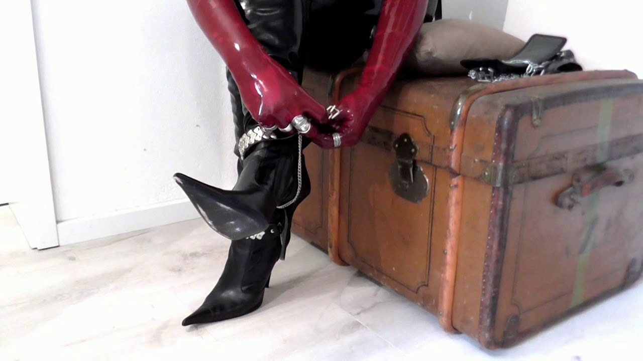LOVE Thighboots and Accessoires...