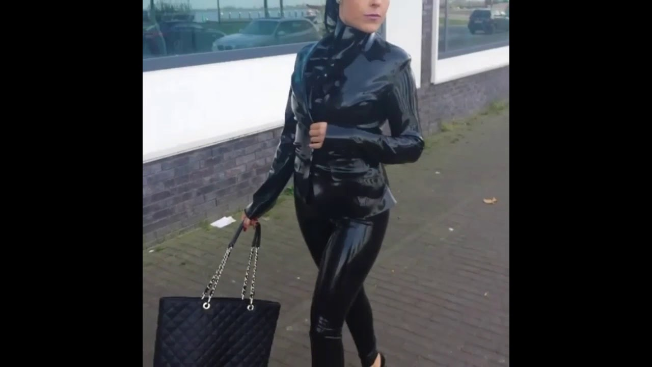Shopping in Latex Suit